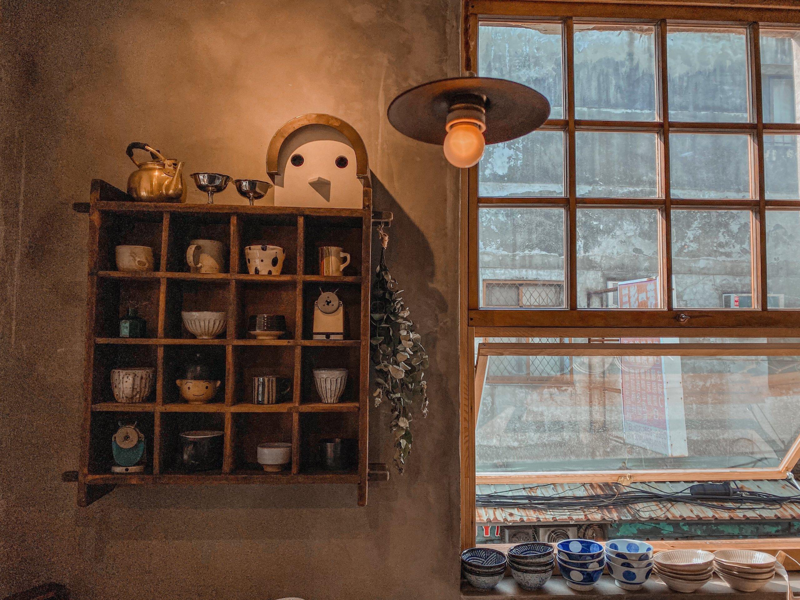 台北不限時咖啡廳|中山區咖啡店卜卜商行|平價飲品。甜點。選物店  環境