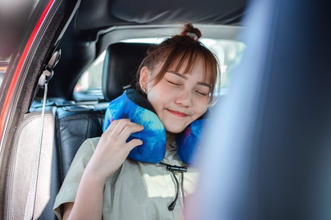 Cabeau旅行用記憶頸枕S3 。旅行必備夥伴