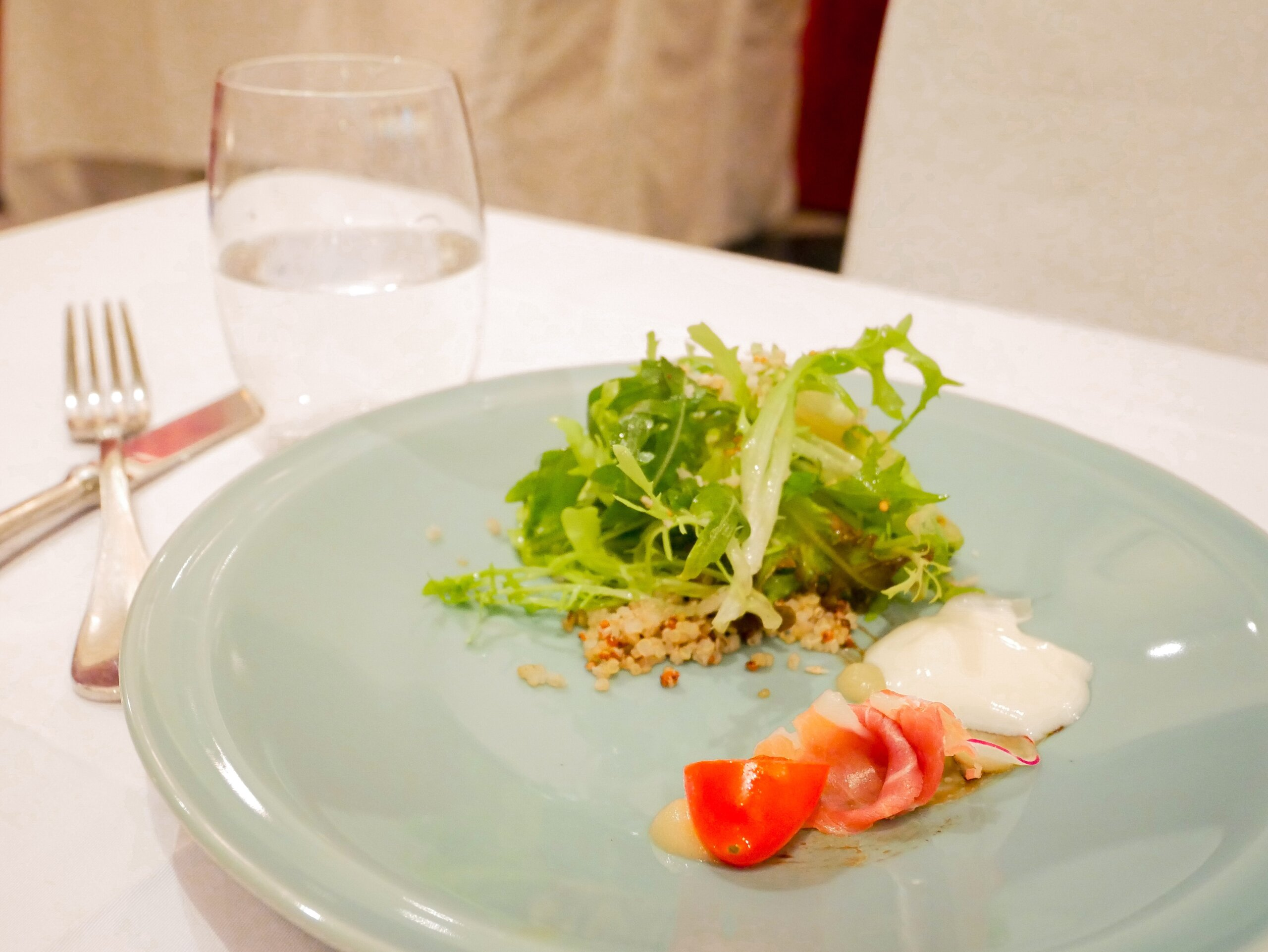 台北私廚推薦|香頌私宅洋樓|午間享用浪漫歐風無菜單料理  季節特製沙拉-藜麥優格沙拉