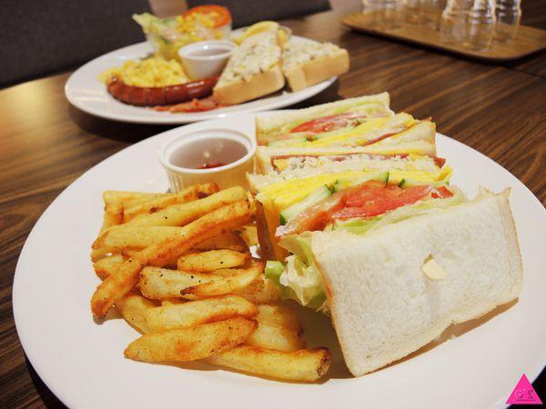 [GS愛吃鬼]宜蘭羅東X艾斯机膜X手機包美美肚子吃飽飽(文末食我優惠