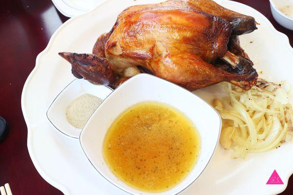 大嵌城罋缸雞 X 【宜蘭壯圍】必吃推薦 X皮脆肉質鮮嫩多汁